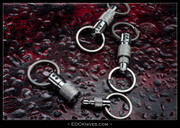 Q-Ring V5 - Titanium Quick-Release Key Rings - International
