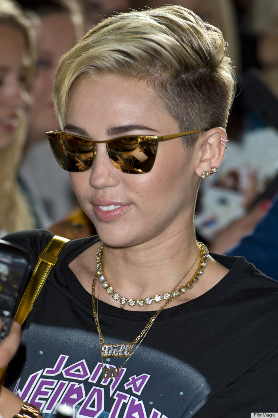Miley Cyrus no more hair extensions