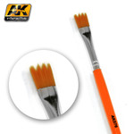 AK Interactive Saw Shape Weathering Brush
