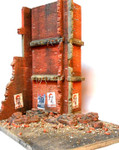 Diorama Plus - Stalingrad Shakedown Ruined Walls, Rebar, Rubble w/Base