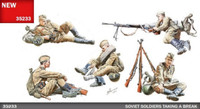 Miniart Models - Soviet Soldiers Taking a Break w/ weapons & accessories