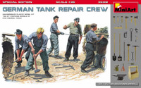 Miniart Models - German Tank Crew at Work(5) w/Buckets, Tools & Boxes