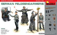 Miniart Models - German Feldgendarmerie (5) w/Weapons