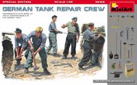 Miniart Models - German Tank Repair Crew (5) w/Tools