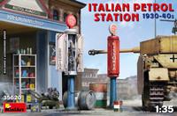 Miniart Models - Italian Petrol Station, 1930s-40s