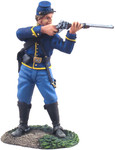 Wm. Britain: American Civil War: Union Cavalry Trooper Dismounted standing firing No. 1