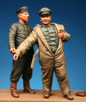 Model Cellar - WWI German Pilot & Mechanic -54