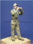 Alpine Miniatures - DAK Panzer NCO