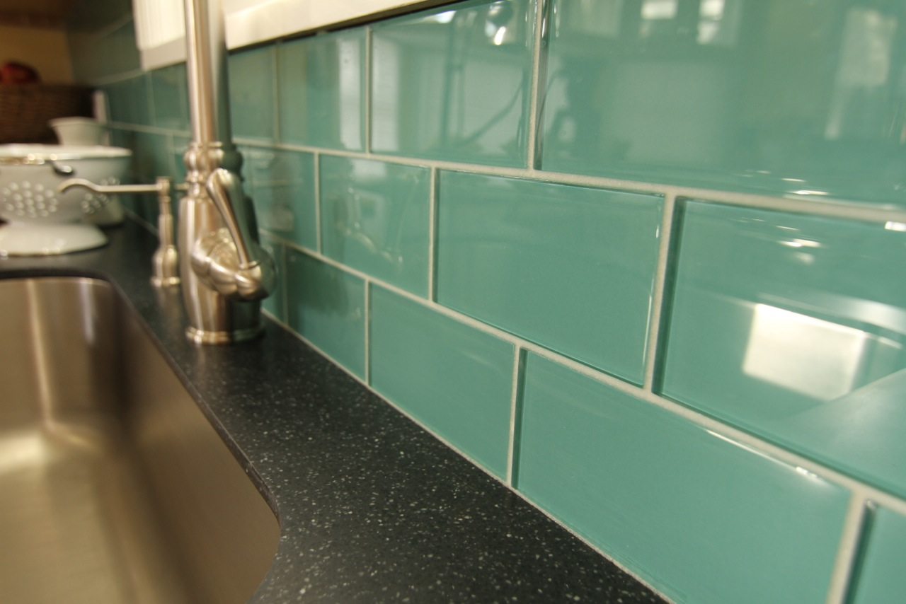 Subway Teal glass tiles ... - BELK Tile Photo Gallery Backsplash Ideas