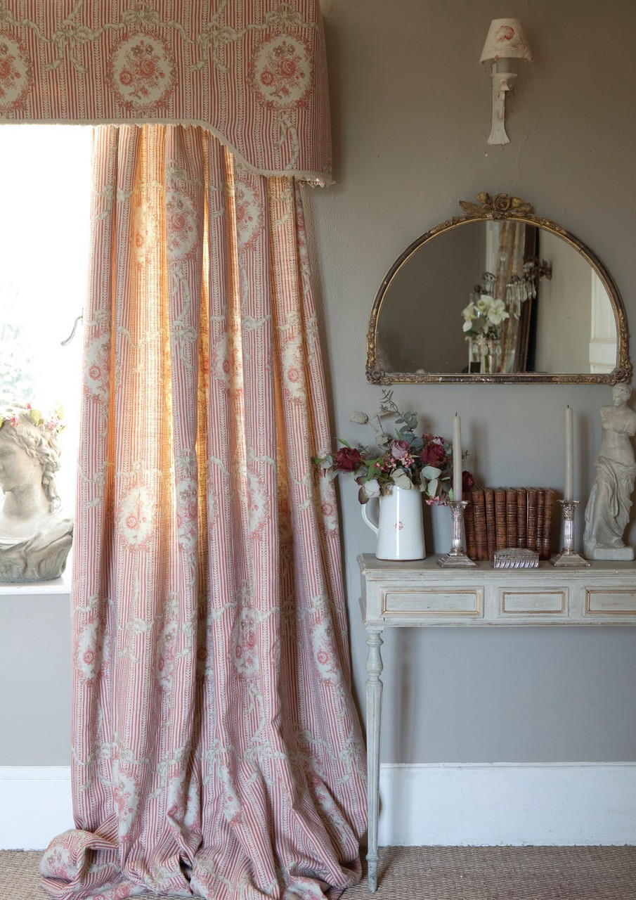 Cutrains And Cornice Shabby Chic Window Treatments