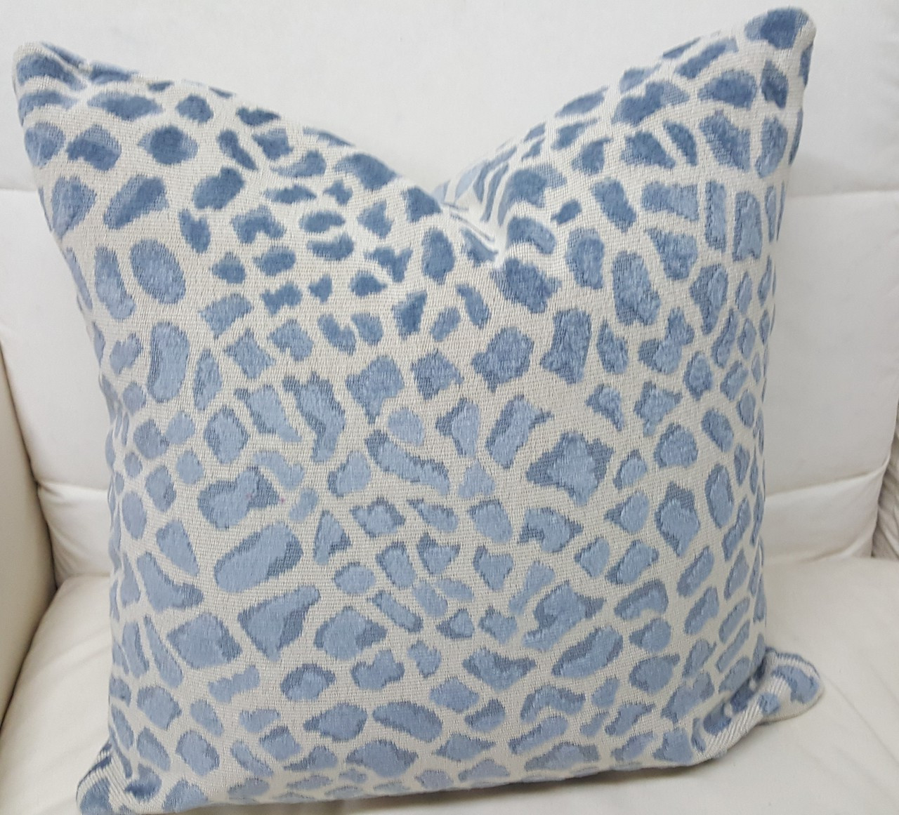 Enjoyable Leopard Throw Pillow Blue And Ivory Theyellowbook Wood Chair Design Ideas Theyellowbookinfo