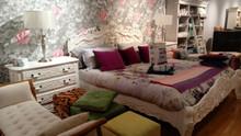 Rococo Bed, Antique White