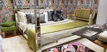 Four Poster Bed, Mirrored