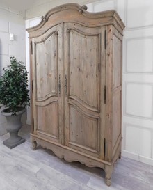 Chamonix Wardrobe