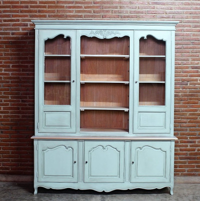 TURQUOISE FRENCH DRESSER