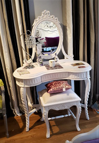 White French Carved Dressing Table Set, Antique White