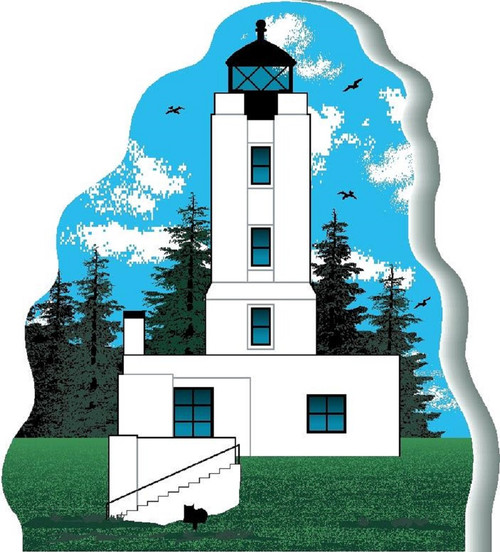Cat's Meow Village keepsake Five Finger Lighthouse #08-624