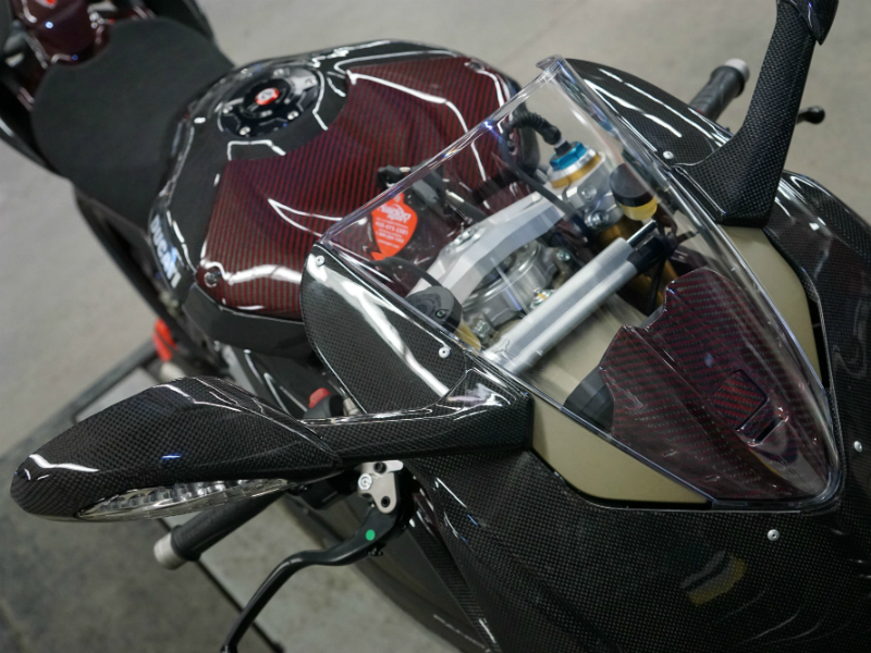ducati-panigale-v4s-top-front-view.jpg