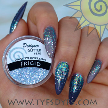 frigid-glitter-with-maniq.jpg