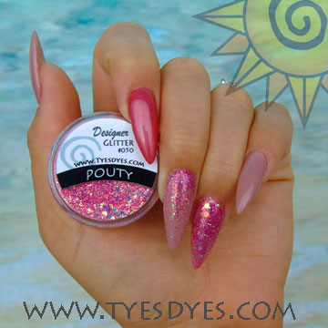pouty-glitter-for-nails.jpg