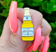 Modelo Mija Bottle Pin