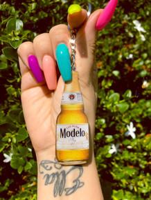 Modelo Mija Bottle Shape Keychain