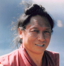 Kunzang Monlam chanted by Lama Tharchin Rinpoche