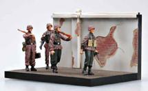Waffen SS, 1941, Diorama w/4 Figures