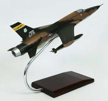 F-105D THUNDERCHIEF 1/48