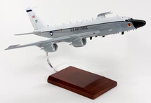 RC-135V/W (NEW/LARGE ENGINES) RIVET JOINT 1/100