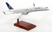 UNITED 757-200 1/100 POST CONTINENTAL MERGER