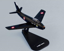 Chick Cleveland Korea Pilot Signed Hobby Master HA4314A 4th FW F-86E Sabre