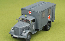 Opel Kfz.305 Blitz Ambulance Diecast Model German Army, France, 1940, w/1 Figure