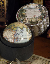 Vaugondy Globe 1745, Small Authentic Models
