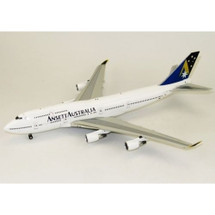 Ansett B747-400 VH-INK with stand