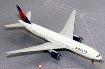 Delta Air Lines 777-200ER, N864DA Gemini Diecast Display Model