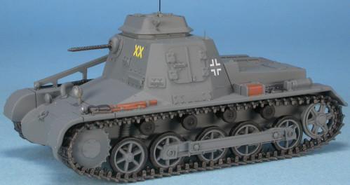 HOBBY MASTER HG5102 1//72 Sd.Kfz.11 German 3 Ton Half Track 11th Panzer E Front