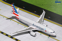 American Airlines A320-200 N117UW Gemini Diecast Display Model