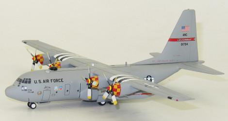 Mercancía de alta calidad y servicio conveniente y honesto. 1 200 C-130 90-1794 EE. UU. - Fuerza Fuerza Fuerza Aérea con Soporte  hermoso