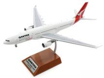 Qantas Cityflyer Airbus A330-200 VH-EBA Cradle Mountain With Stand