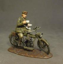 Despatch Rider, Time for Tea, WWI (2pcs)