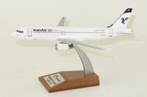 Iran Air Airbus A320-211 EP-IEG With Stand
