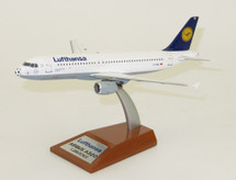 Lufthansa Airbus A320-211 D-AIQL Football Nose With Stand