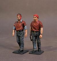 Aircraft Carrier Flight Deck Crew, 2 Ordnancemen Walking (2pcs)