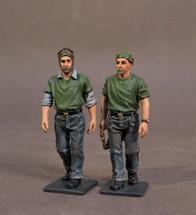 Aircraft Carrier Flight Deck Crew, WWII, 2 Catapult Crew Walking (2pcs)