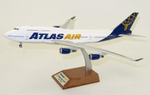 Atlas Air Boeing 747-400 N464MC With Stand