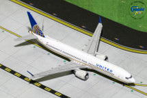 United Airlines B737 MAX 9, N67051 Gemini Diecast Display Model