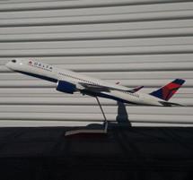 Delta A350-900 N502DN (Resin) Gemini Diecast Display Model