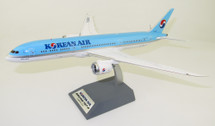 Korean Air Boeing 787-9 Dreamliner HL8084 With Stand