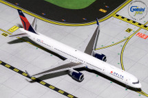 Delta Air Lines 757-300, N581NW Gemini Diecast Display Model